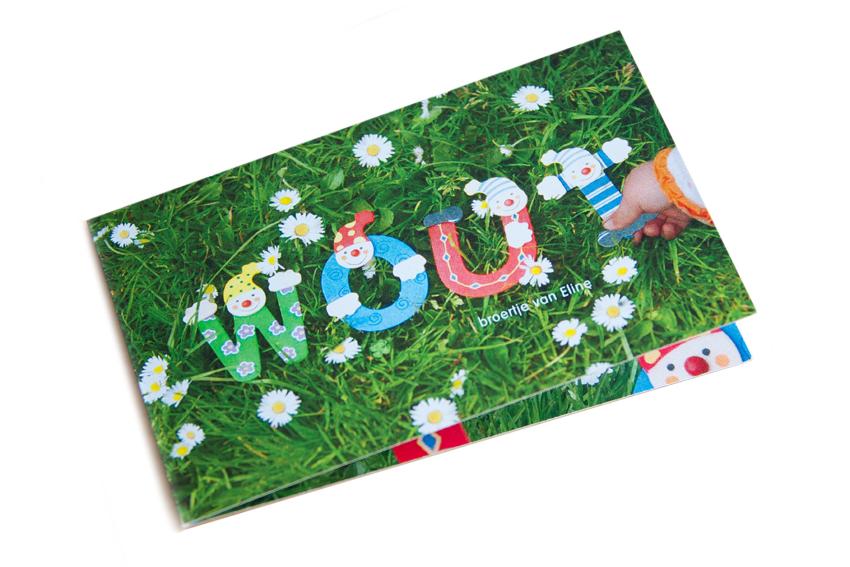 Foto van voorkant van geboortekaartje voor Van de Baak-Verschueren.