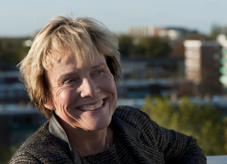 Portret van Ank Bijleveld.