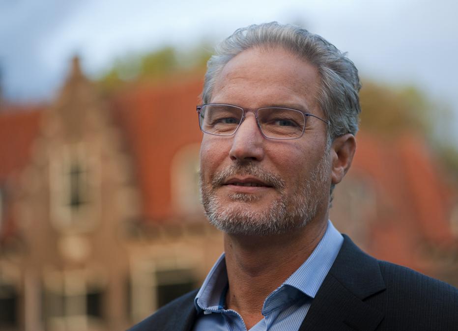 Portretfoto van Eric van Tol.